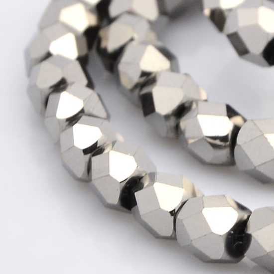 Κρύσταλλα πολυγωνικά ασημί 6x6x6 mm – κορδόνι 71 τμχ – Twinsart.gr 144f319c0cc